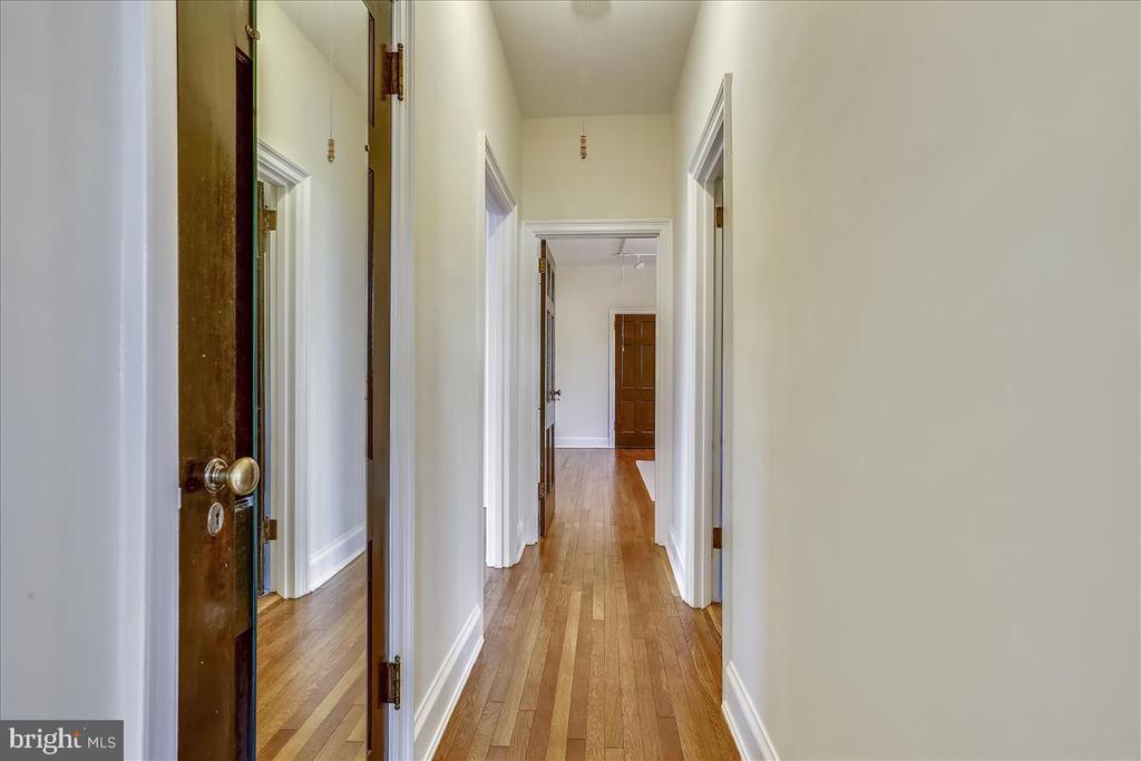 Hallway - 3000 TILDEN ST NW #402-I, WASHINGTON