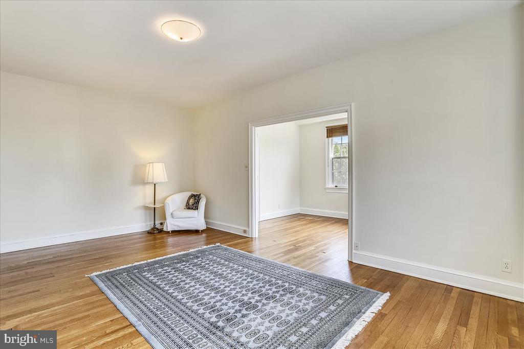 Living room - 3000 TILDEN ST NW #402-I, WASHINGTON