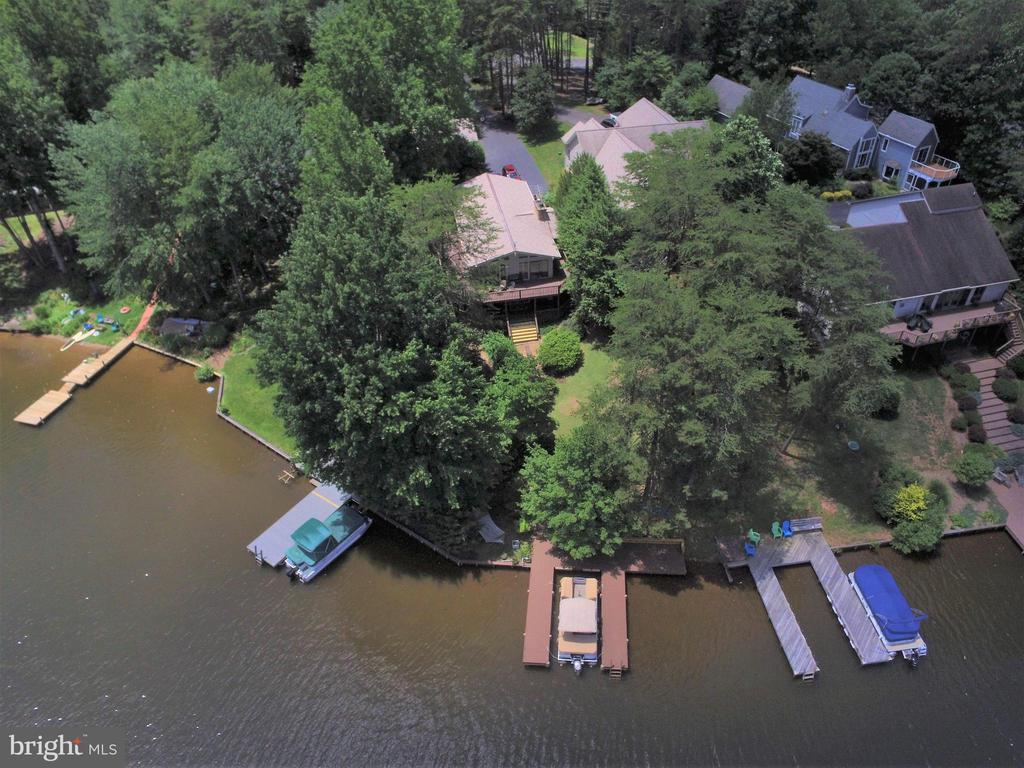 lakeview of dock & home - 516 CORNWALLIS AVE, LOCUST GROVE