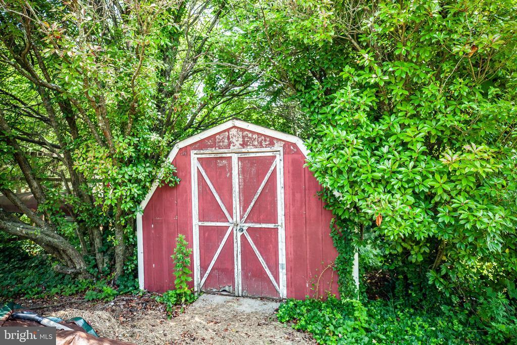 shed - 160 DEACON RD, FREDERICKSBURG