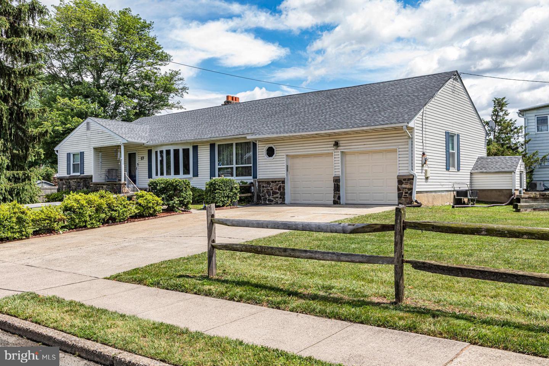 single family homes 용 매매 에 Trenton, 뉴저지 08619 미국