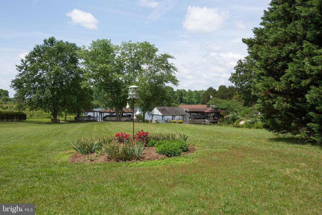 Waterfront! - 3600 MORNING GLORY RD, BUMPASS