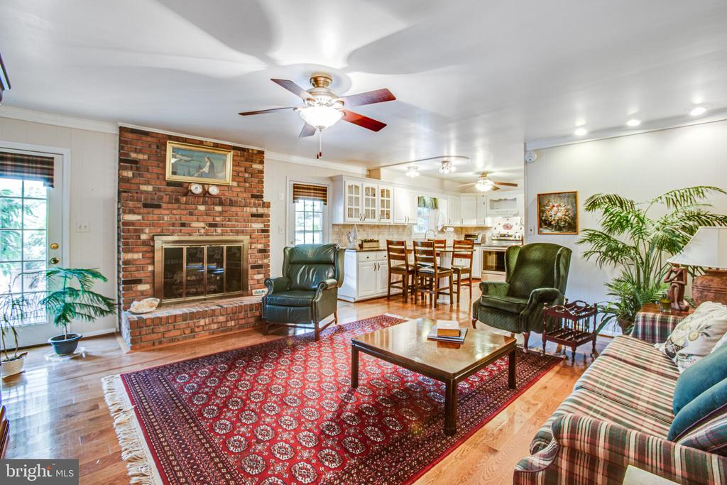 Family Room - 3600 MORNING GLORY RD, BUMPASS