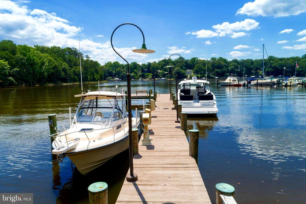 Deep Water Starts about 15 Ft From Shore! - 659 ROCK COVE LN, SEVERNA PARK