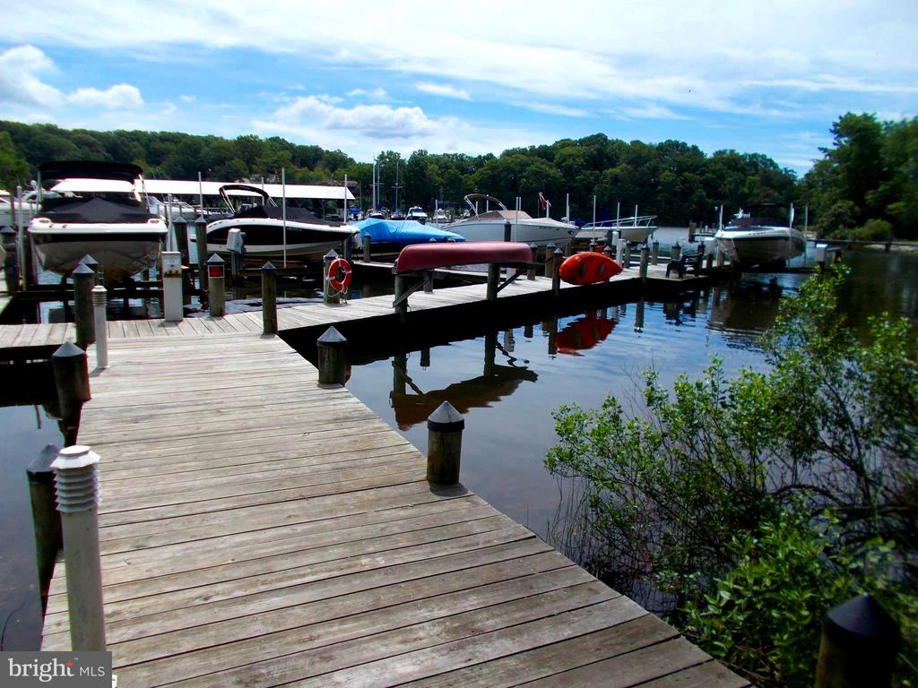 Community Marina... for residents without docks. - 659 ROCK COVE LN, SEVERNA PARK