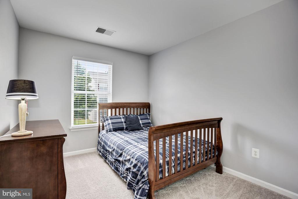 Bedroom #2 | Upper Level - 248 GOLDEN LARCH TER NE, LEESBURG