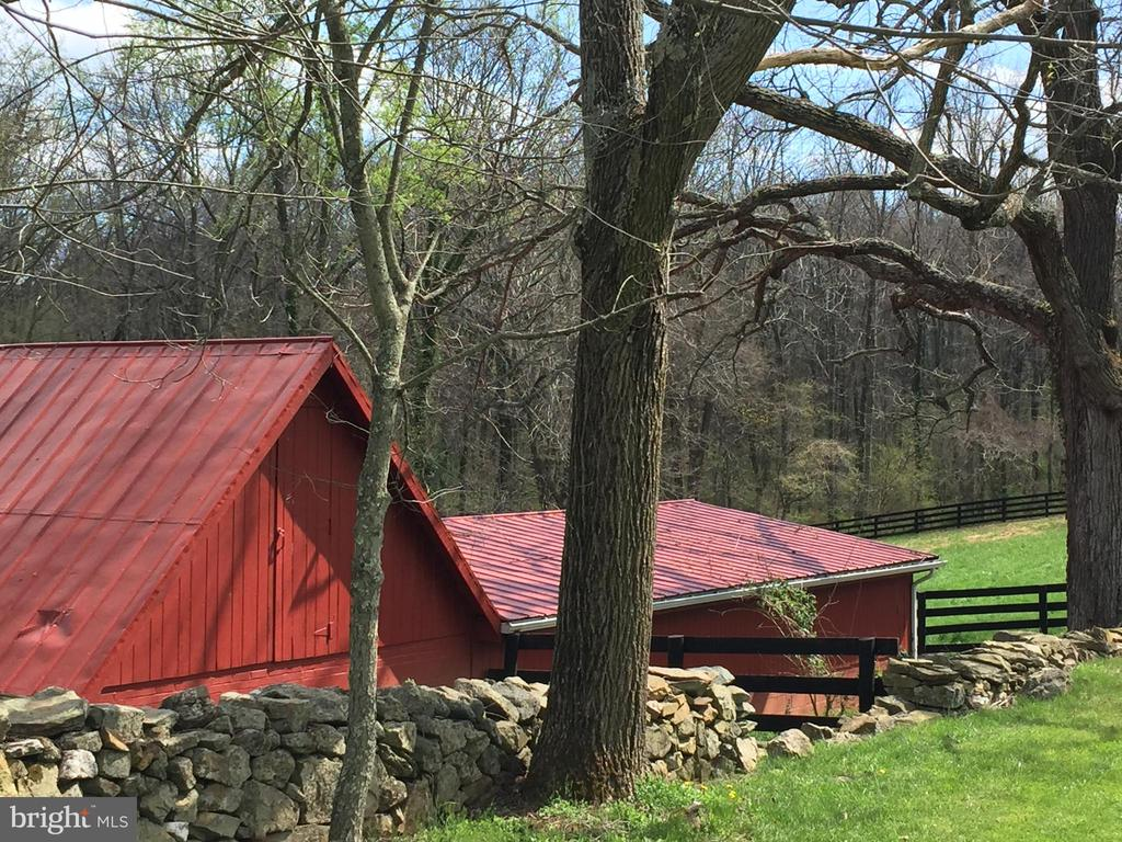 Stables - 16001 OLD WATERFORD RD, PAEONIAN SPRINGS