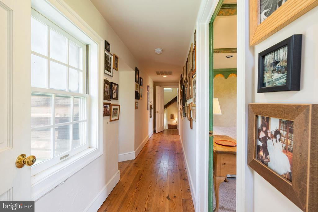 Hallway to Three Bedrooms - 20597 FURR RD, ROUND HILL