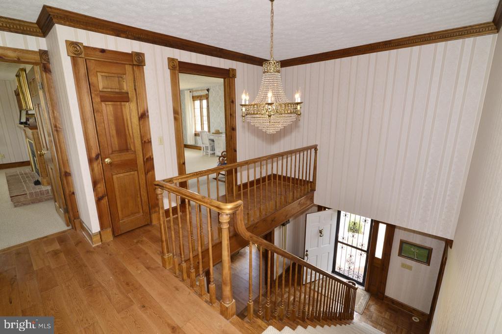 Upper Hallway - 346 SALEM CHURCH RD, BOYCE