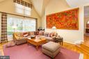 Two-Story Family Room - 10735 BEECHNUT CT, FAIRFAX STATION