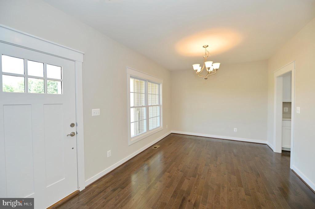 Foyer to dining room, hardwood floors - 3 CLARA MAE COURT, ROUND HILL