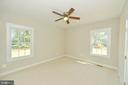 Master bedroom sitting area - 3 CLARA MAE COURT, ROUND HILL