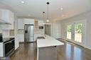 Kitchen with stainless and quartz - 3 CLARA MAE COURT, ROUND HILL