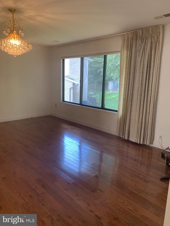 Master Bedroom - 6012 VALERIAN LN, NORTH BETHESDA