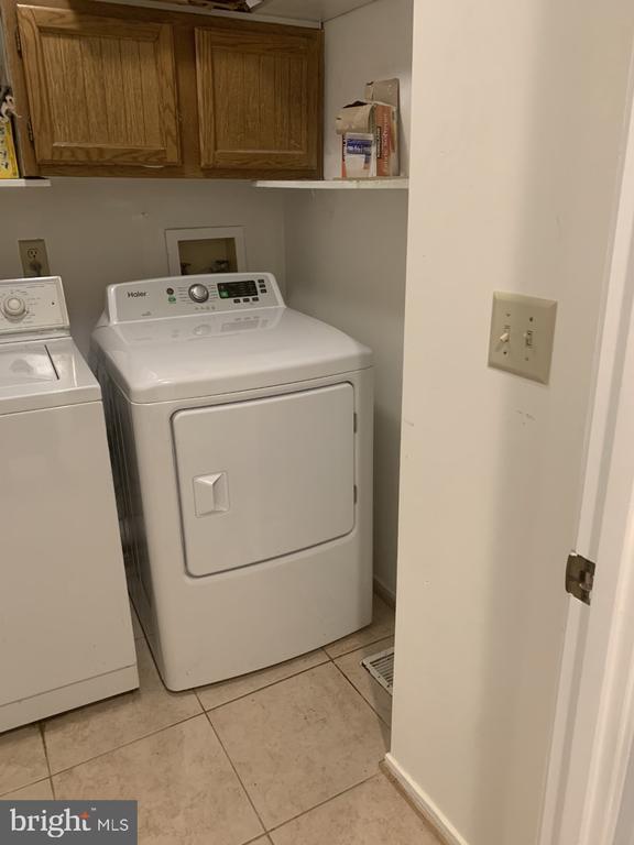 Washer & Dryer Room - 6012 VALERIAN LN, NORTH BETHESDA