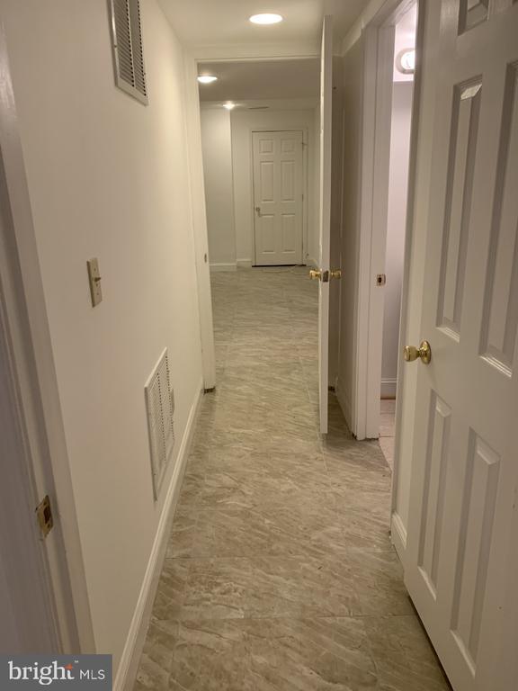 Basement Hallway - 6012 VALERIAN LN, NORTH BETHESDA