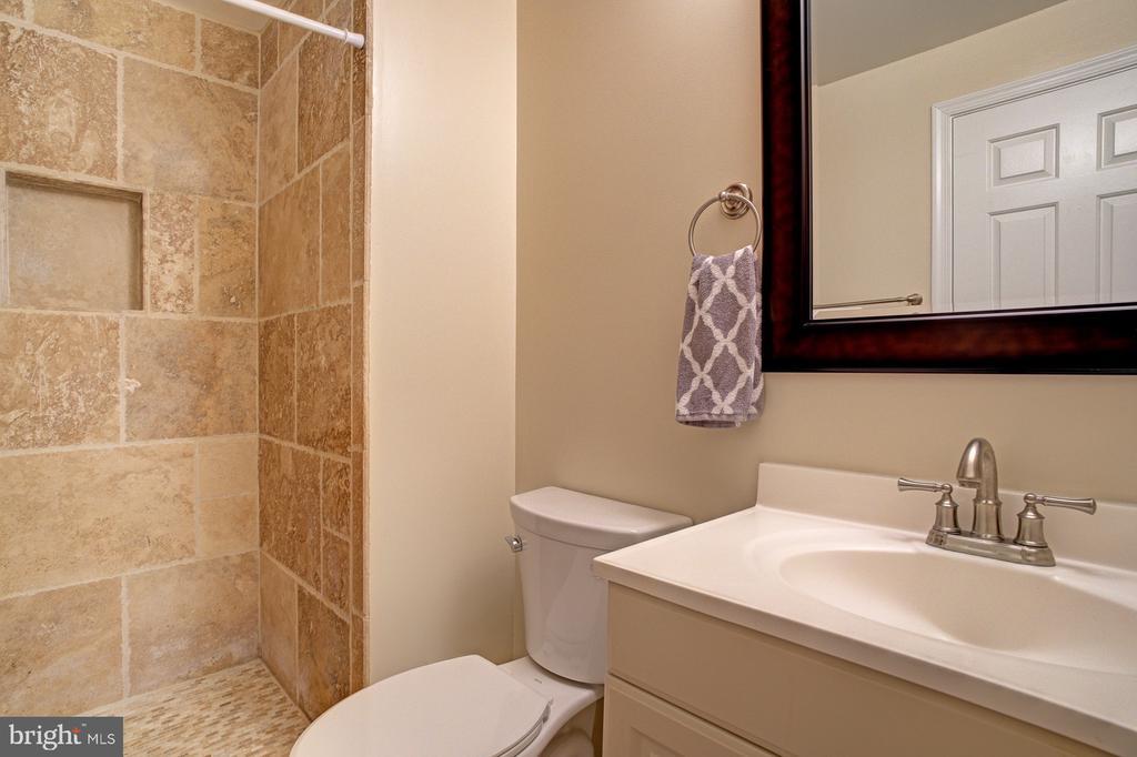 Updated baths - 5994 POWELLS LANDING RD, BURKE