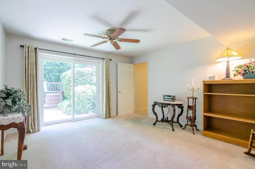 Au pair / in-law suite - 4621 TAPESTRY DR, FAIRFAX