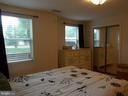 Light and bright bedroom! - 20602 CORNSTALK TER #102, ASHBURN