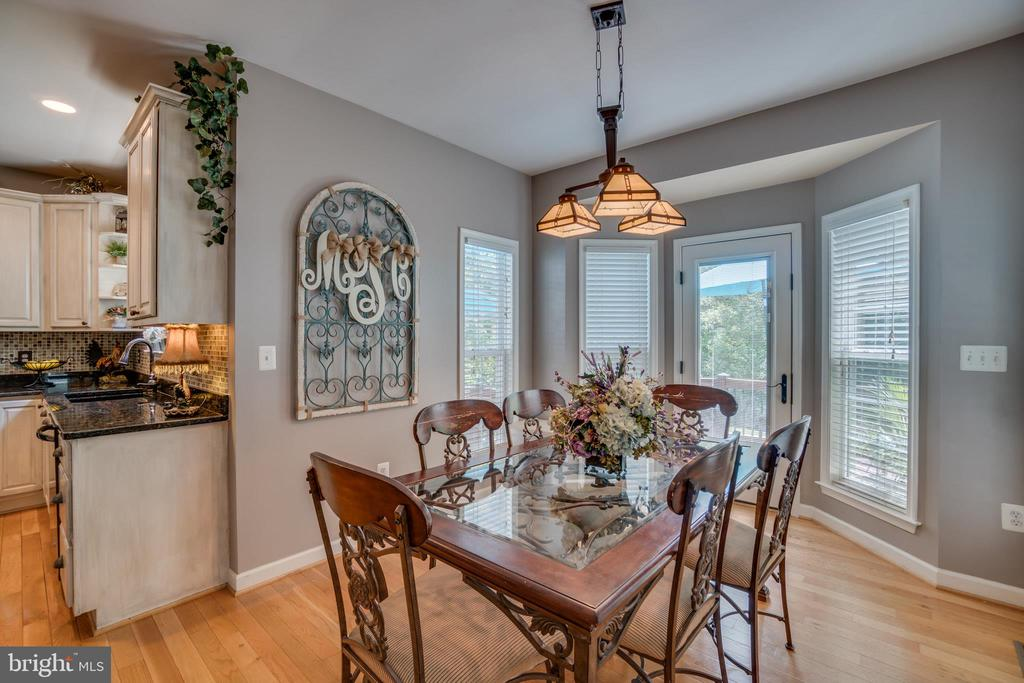 Breakfast Area off Kitchen and Family Room - 175 SAINT MARYS LN, STAFFORD