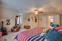 Bedroom 2 is spacious - 175 SAINT MARYS LN, STAFFORD