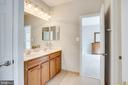Second bathroom - Jack-n-Jill - 43083 ROCKY RIDGE CT, LEESBURG