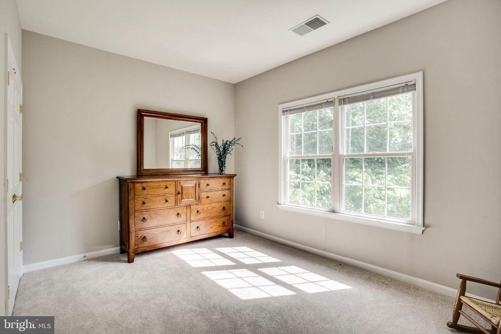 Third bedroom - 43083 ROCKY RIDGE CT, LEESBURG