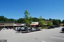 Kings Park Shopping Center - 5614 DE SOTO ST, BURKE