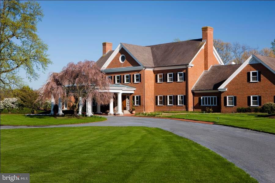 Single Family Homes para Venda às Queenstown, Maryland 21658 Estados Unidos