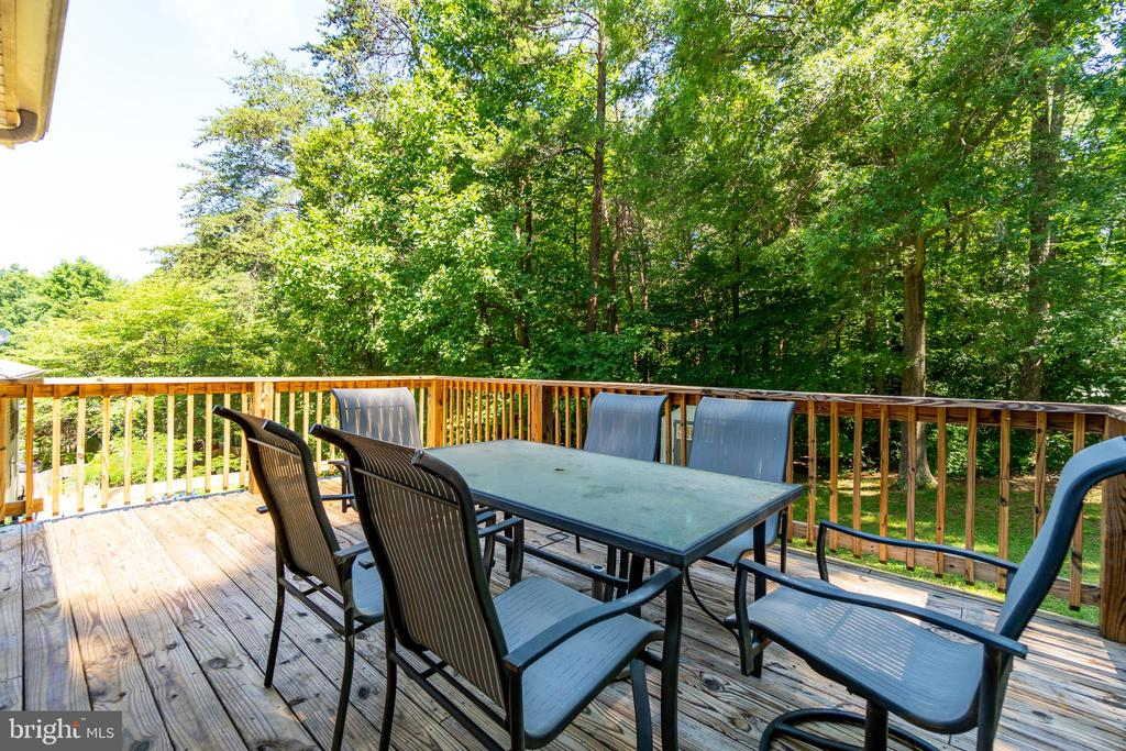 Rear Deck - 11015 ABBEY LN, FREDERICKSBURG