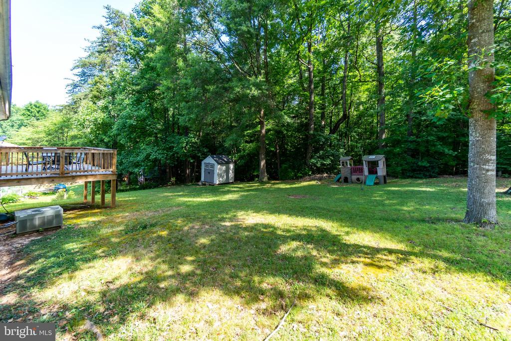 Spacious Backyard - 11015 ABBEY LN, FREDERICKSBURG