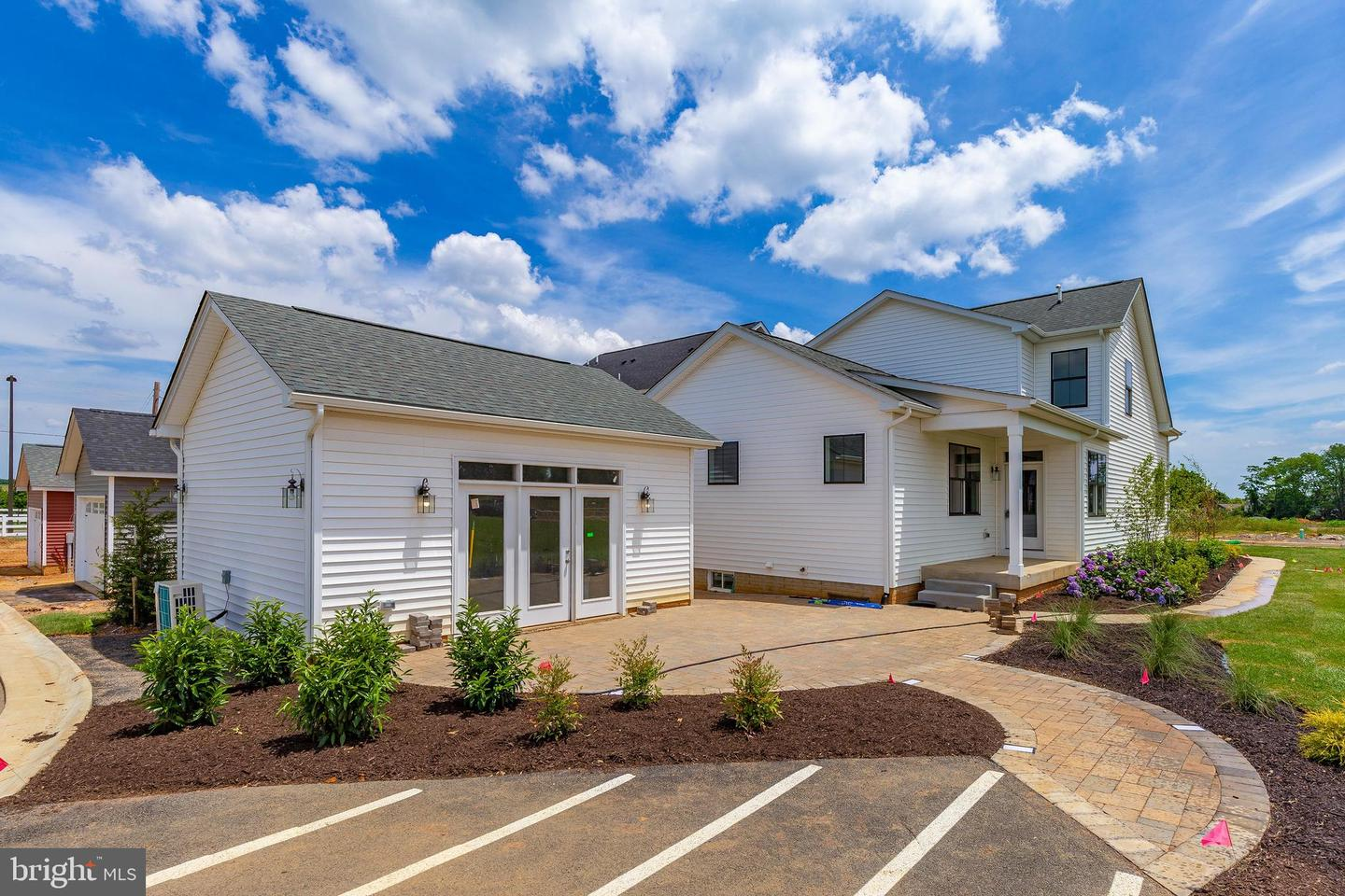 Additional photo for property listing at 605 Gillespie Dr Frederick, Maryland 21702 United States