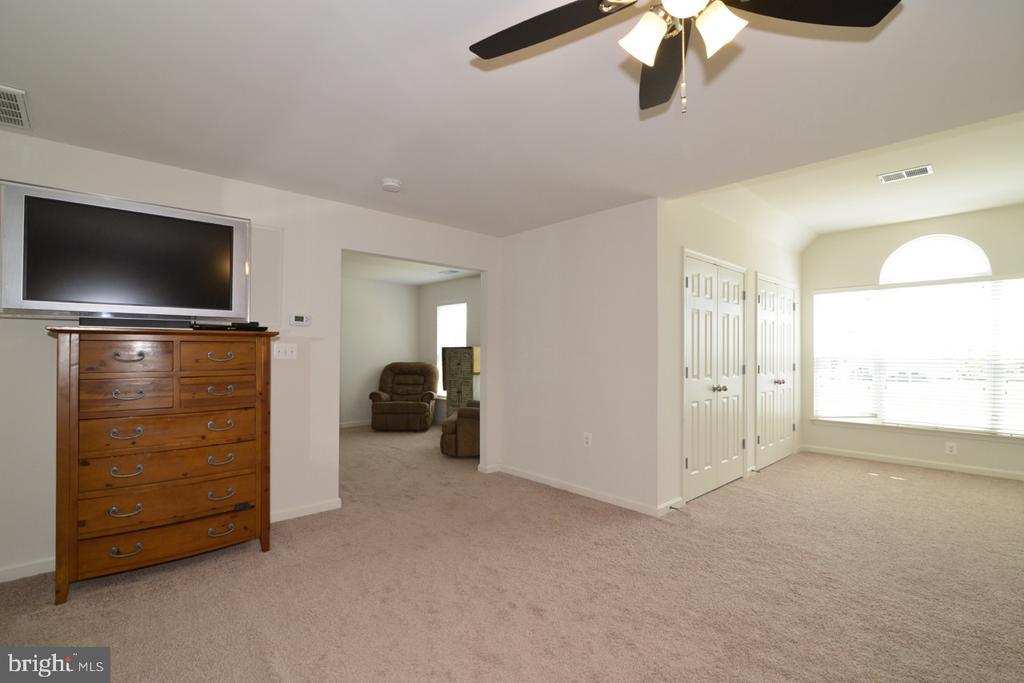 Master Bedroom - 17618 CLEVELAND PARK DR, ROUND HILL