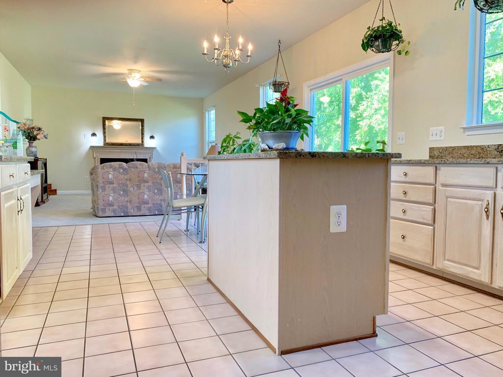 Open concept kitchen/informal eating/family room - 9202 MATTHEW DR, MANASSAS PARK