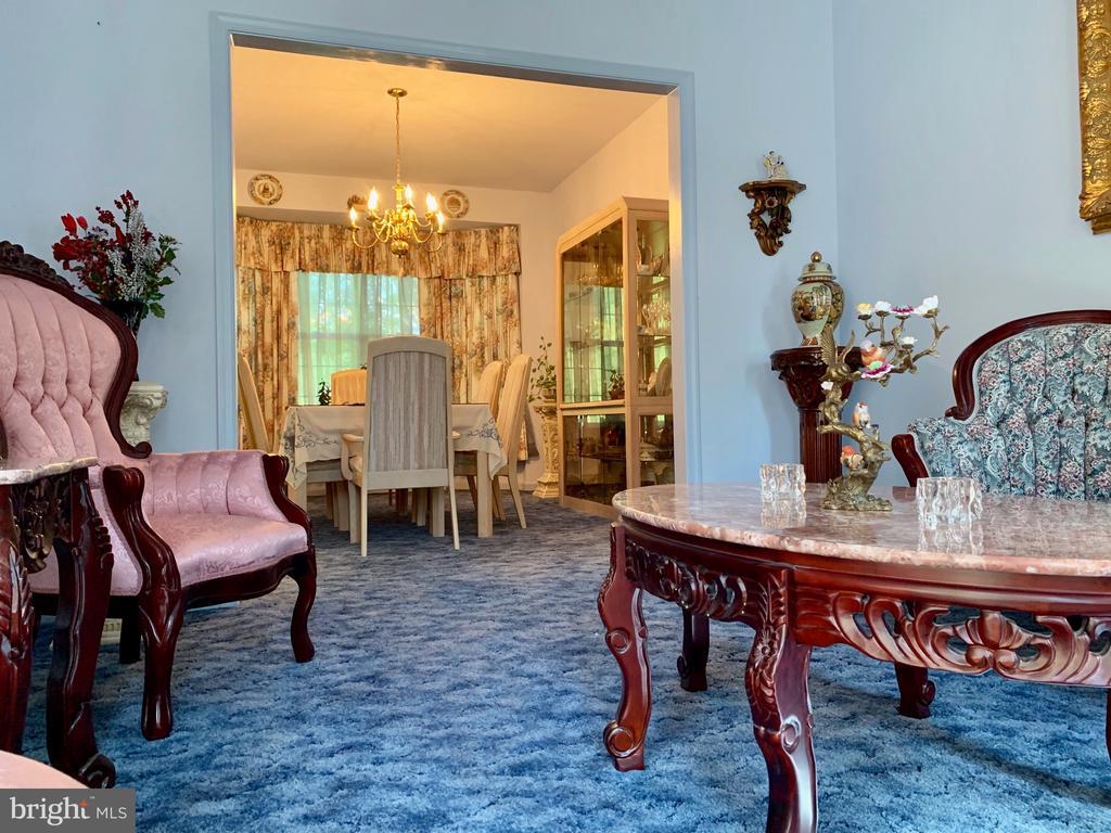 Living/Dining Room - 9202 MATTHEW DR, MANASSAS PARK