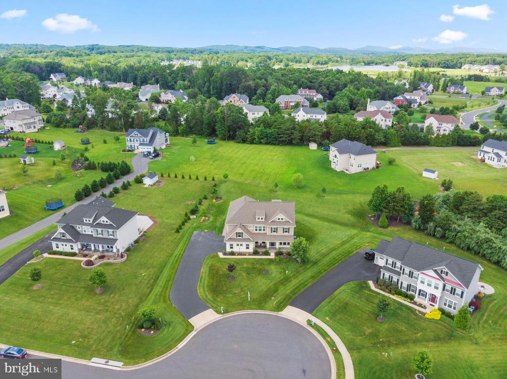 A view from above.. - 7375 TUCAN CT, WARRENTON