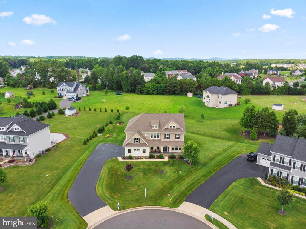 Large .77 acre lot - 7375 TUCAN CT, WARRENTON