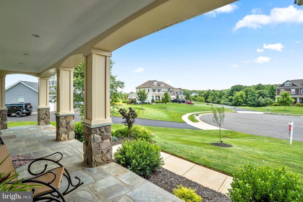 Great front porch.... - 7375 TUCAN CT, WARRENTON
