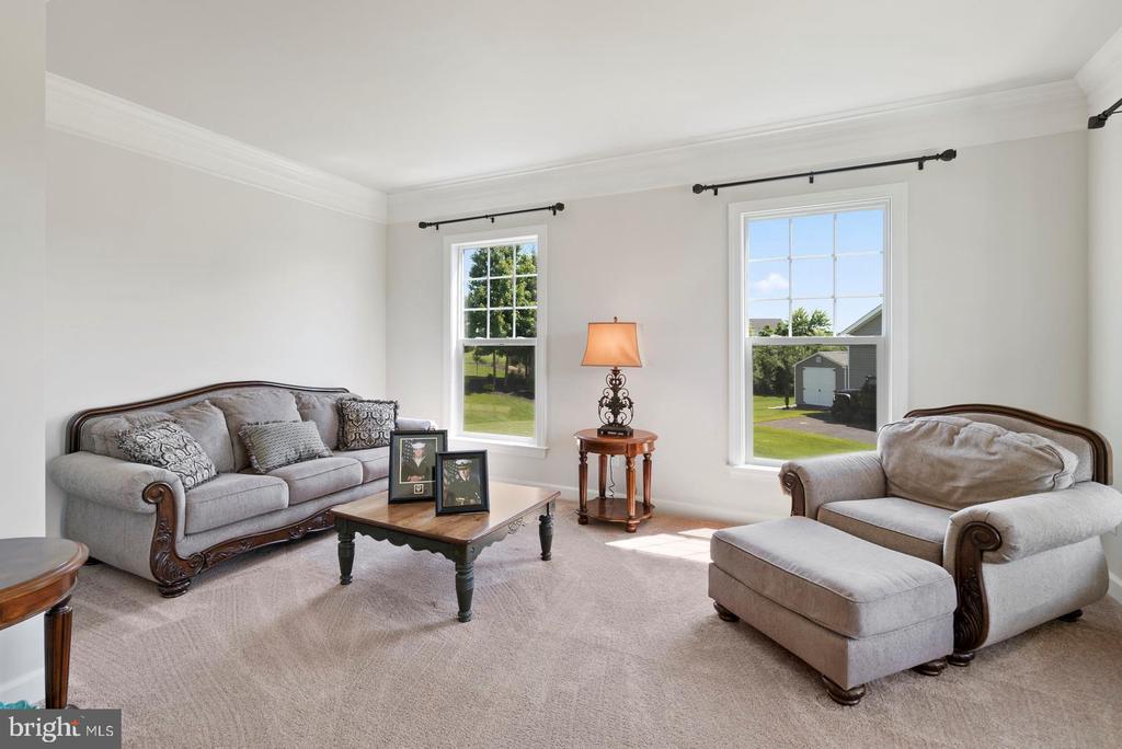 Formal living room - 7375 TUCAN CT, WARRENTON