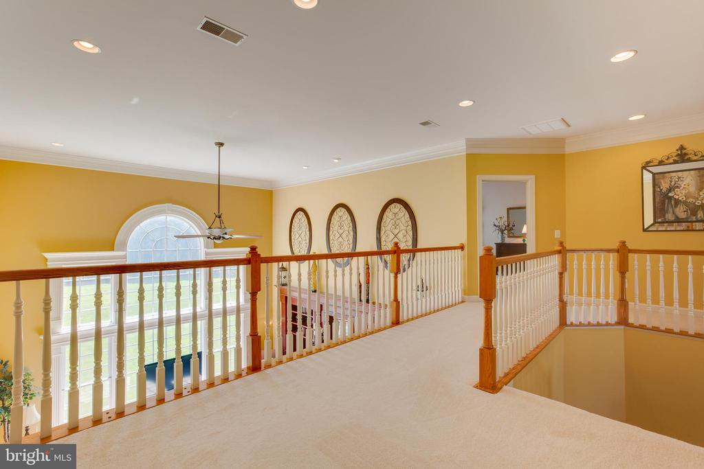 Upper Level Hallway - 22388 BELLE TERRA DR, ASHBURN