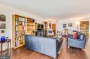 Beautiful engineered-hardwood flooring - 1800 OLD MEADOW RD #621, MCLEAN