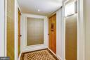 Front door hall entry to Unit 621 - 1800 OLD MEADOW RD #621, MCLEAN