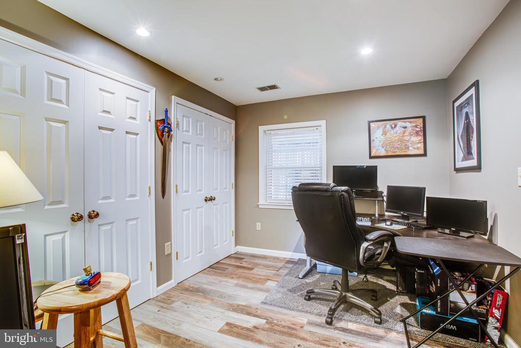 Bonus Room in Basement - 17 FRANKLIN ST, STAFFORD