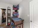 Game Room Pic #03 - 613 BARNES ST NE, WASHINGTON