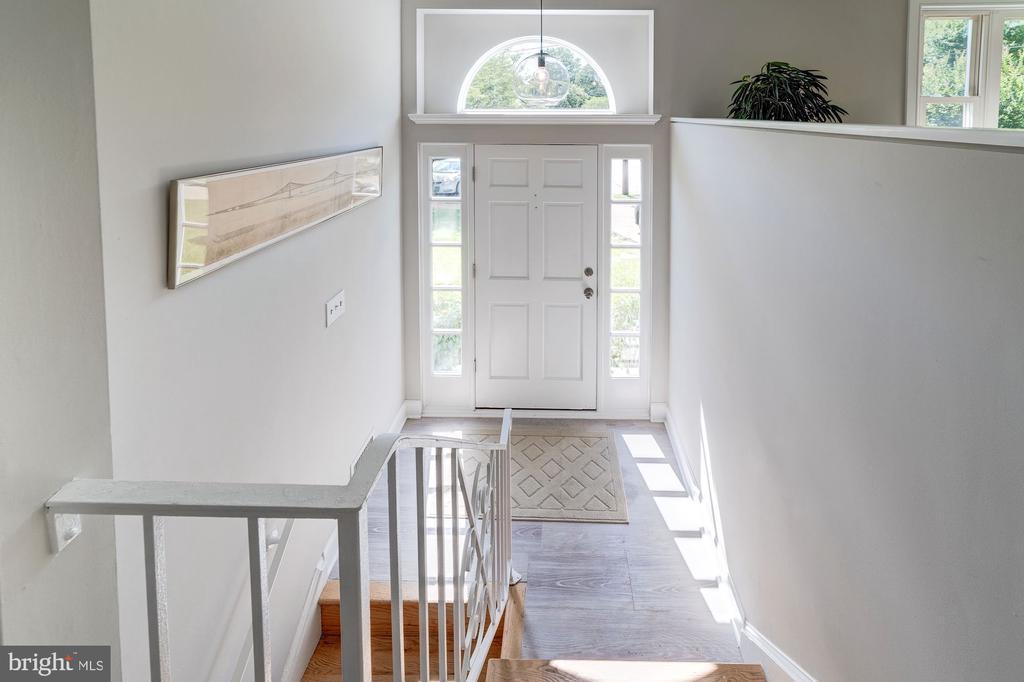 Foyer - 633 PROSPECT PL, ALEXANDRIA