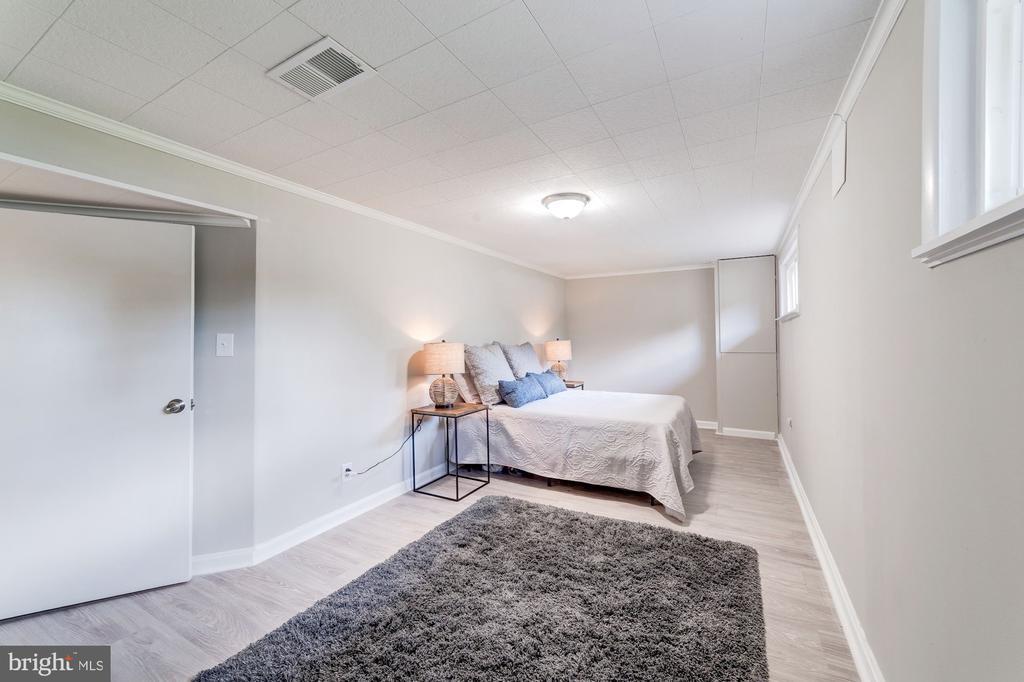 Lower Level Room One - 633 PROSPECT PL, ALEXANDRIA