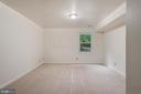 Lower level master bedroom. - 35 GREEN LEAF TER, STAFFORD