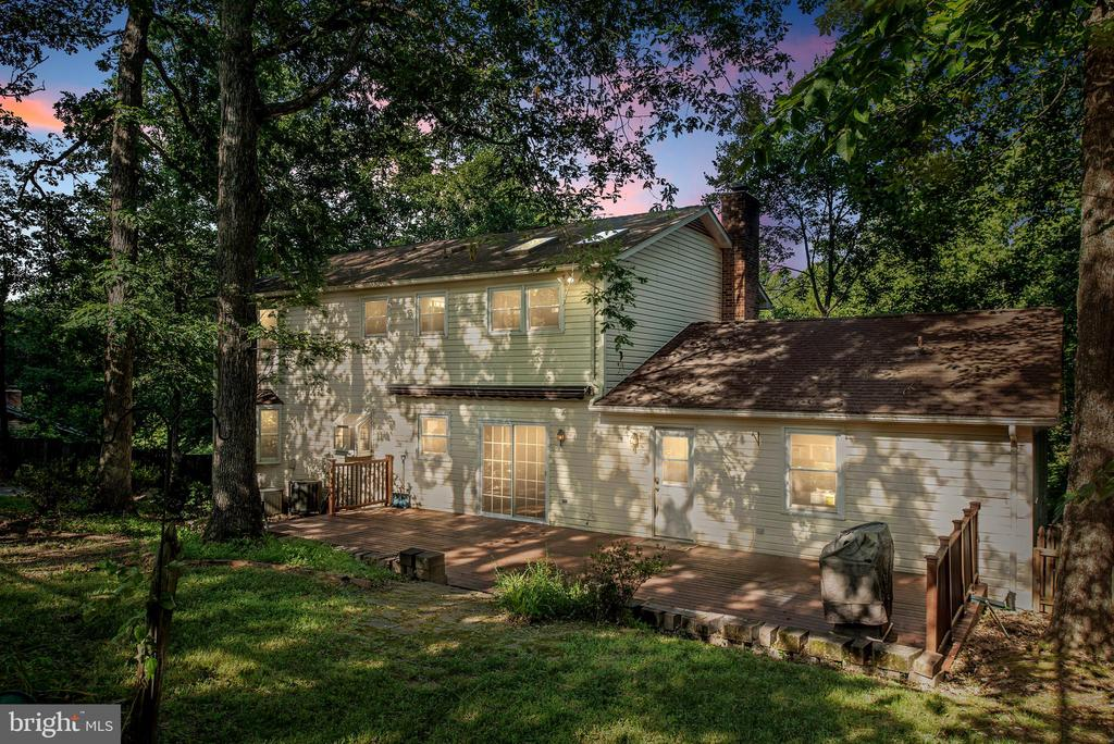 Enjoy nature and relax in this private setting. - 35 GREEN LEAF TER, STAFFORD