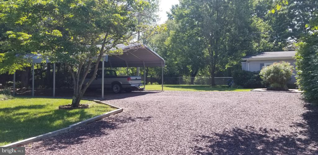 Carport conveys! - 31837 ZOAR RD, LOCUST GROVE
