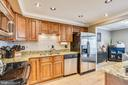 Granite countertops. - 24 SIMEON LN, STERLING